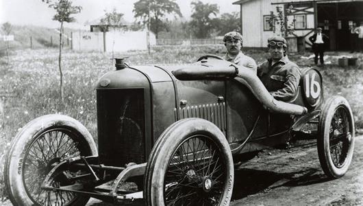 Rene Thomas in the #16 Delage (Delage/Delage) at the Indianapolis Motor Speedway in 1914.