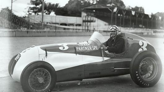 Emil Andres in the #3 Preston Tucker Partner Special (Lencki/Lencki) at the Indianapolis Motor Speedway in 1947