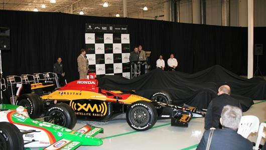 Andretti Green Racing unveils its 2006 cars for the Indianapolis 500 and IndyCar Series.