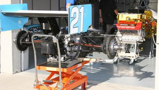 #21 entry undergoes team inspection prior to day 4 of practice