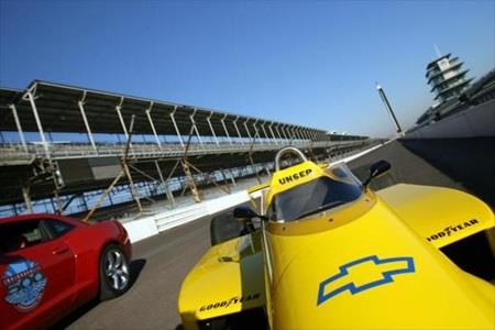 Chevrolet to return to IndyCar in 2012
