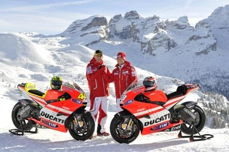 MotoGP Superstar Rossi Makes Long-Awaited Debut In Ducati Red