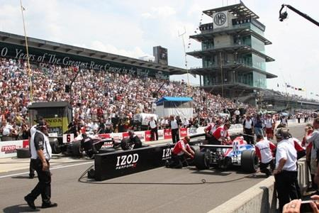 Crews Feeling Need For Speed, Big Prize In IZOD Indy 500 Pit Stop Challenge