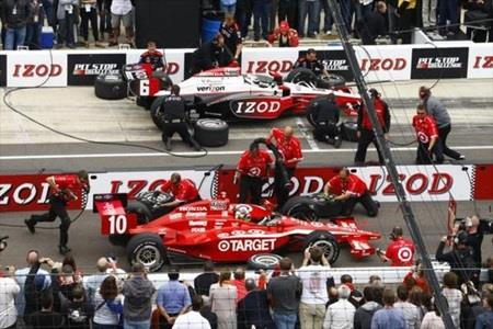 Briscoe, Crew Continue Penske Dominance Of IZOD Indy 500 Pit Stop Challenge