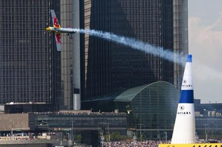 Red Bull Aerobatic Pilot, Motorcycle Stunt Riders Coming To Red Bull Indianapolis GP