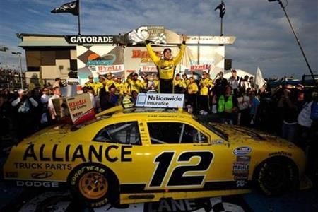 Emotional Hornish Breaks Through With First Nationwide Series Victory At Phoenix