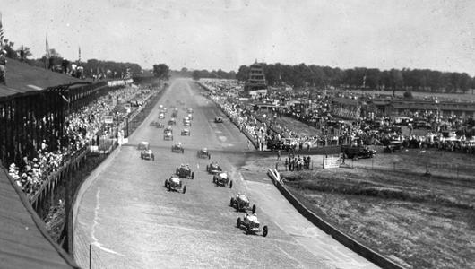 1930s racing shot