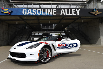 Corvette Grand Sport pacing the 101st Indianapolis 500